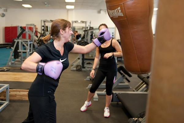 lady boxing training at tunbridge wells gym